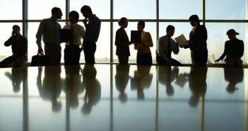 Εργασιακό νομοσχέδιο: Πότε θα ψηφιστεί – Συνάντηση τη Δευτέρα για την ψηφιακή κάρτα