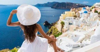 Πότε ξεκινούν οι αιτήσεις για τα voucher του κοινωνικού τουρισμού