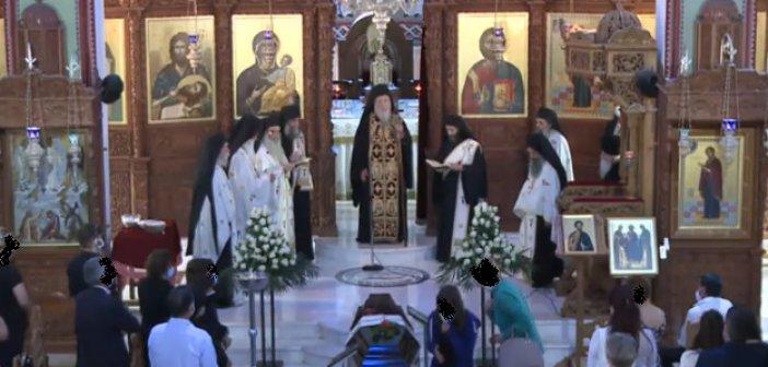 Η σωρός του ηγουμένου π. Ιερωνύμου στην Παναγία Ναυπακτιώτισσας