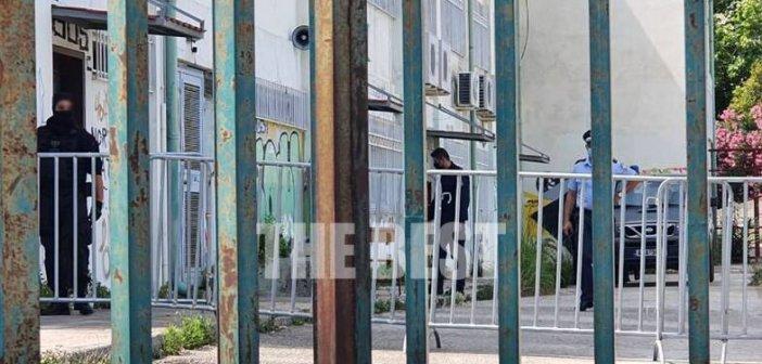 Πάτρα: Από τη φυλακή στο Εξεταστικό κέντρο- Kρατούμενος δίνει πανελλήνιες (εικόνες)