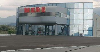Αγρίνιο: Τοποθετήθηκε η ταμπέλα στο ακίνητο που θα στεγάσει το σούπερ μάρκετ Mere