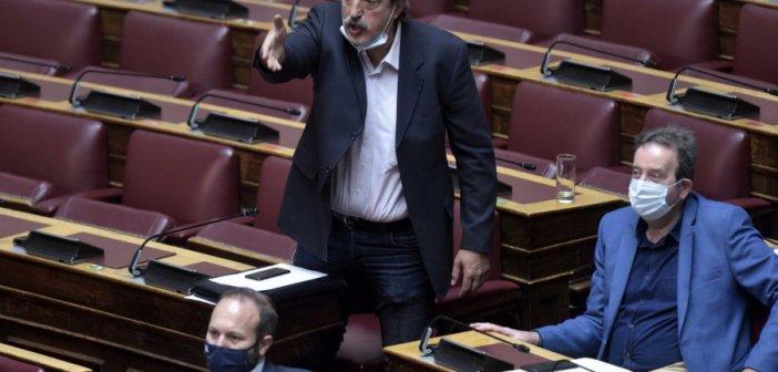 Ο Πολάκης έκανε «μπαρούτι» και τους προεδρικούς! Φωνές πως «δεν σέβεται ούτε τον Τσίπρα»