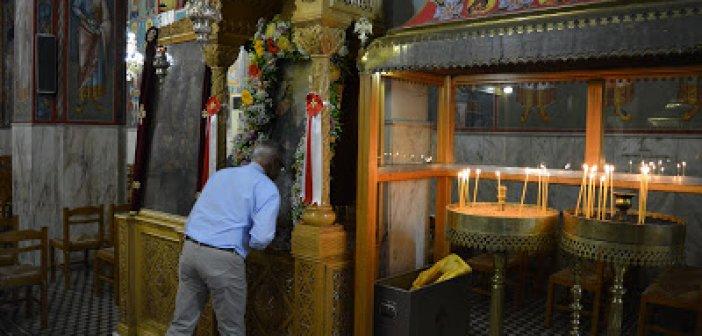 Πρώτη φορά για προσκύνηση εικόνα της Αγίας Τριάδος στο Παναιτώλιο (εικόνες -video)