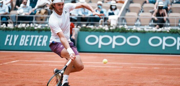 Στέφανος Τσιτσιπάς: Στους «οκτώ» του Roland Garros