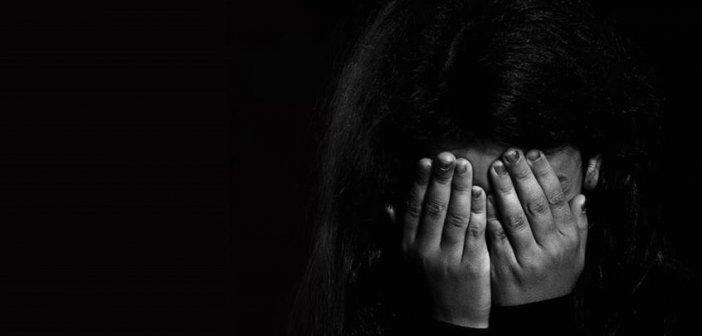 Πετράλωνα: Συγκλονίζει η 50χρονη καθαρίστρια για τον βιασμό της – Ταυτοποιήθηκε ο δράστης
