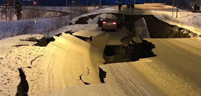 Συγκλονιστικά βίντεο από τον σεισμό των 8,2 Ρίχτερ στην Αλάσκα