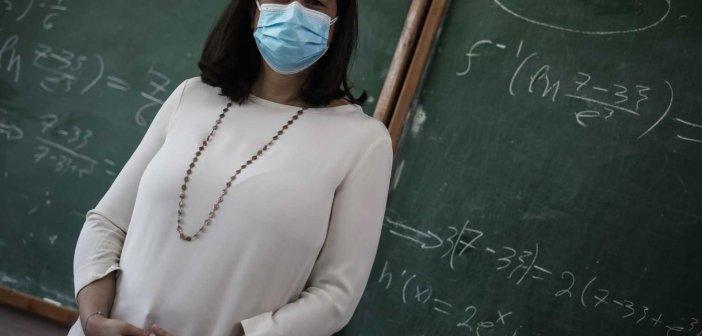 Κεραμέως: Αλλάζει το πρωτόκολλο για τον κορωνοϊό στα σχολεία – Οι αποφάσεις των ειδικών