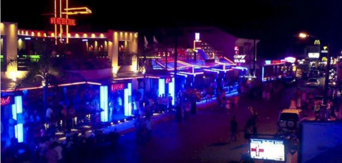 Ζάκυνθος: Κλείνει ο κεντρικός δρόμος του Λαγανά με εντολή Χρυσοχοϊδη ύστερα από επεισόδια και ξυλοδαρμούς μεταξύ τουριστών