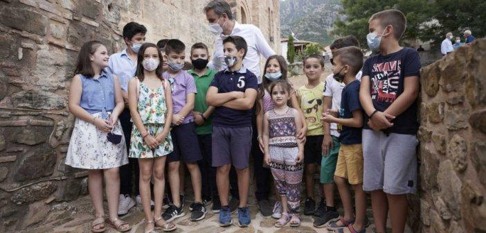 Κυριάκος Μητσοτάκης: Δεν θα είναι ποτέ υποχρεωτικός ο εμβολιασμός για τα παιδιά