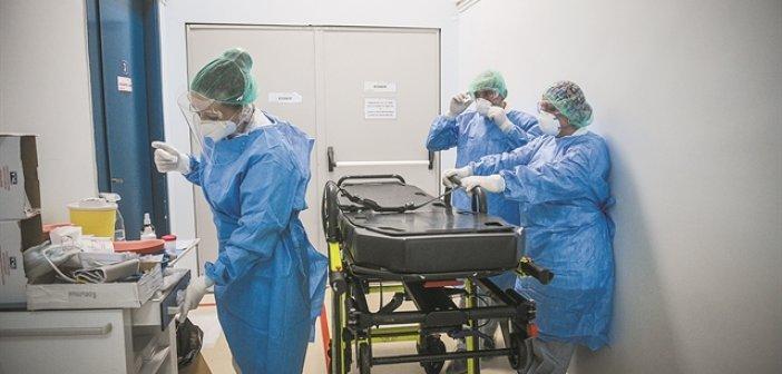 ΠΟΕΔΗΝ: Τετράωρη στάση εργασίας για τον υποχρεωτικό εμβολιασμό των υγειονομικών