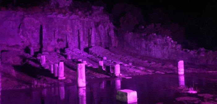 Εντυπωσίασε το φωτισμένο Αρχαίο Νεώριο των Οινιαδών
