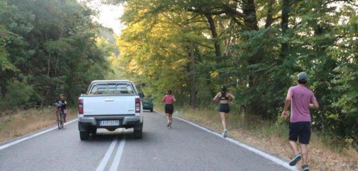 1-5 & 10 χιλιόμετρα έτρεξαν μικροί και μεγάλοι στο Χαλκιόπουλο (ΦΩΤΟ)