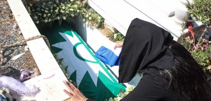Κηδεία Άκη Τσοχατζόπουλου: Τον ξέχασαν οι πολιτικοί του «φίλοι» στο τελευταίο αντίο – Λύγισε η Βίκυ Σταμάτη