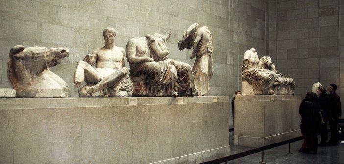 Μενδώνη σε Βρετανικό Μουσείο: Επιστρέψτε τα Γλυπτά του Παρθενώνα – Επικίνδυνες οι συνθήκες φύλαξης
