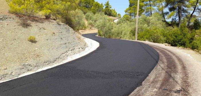 Αγρίνιο: Ολοκληρώθηκε η ασφαλτόστρωση αγροτικών δρόμων στην Αγία Παρασκευή – Αυτοψία του δημάρχου (εικόνες)
