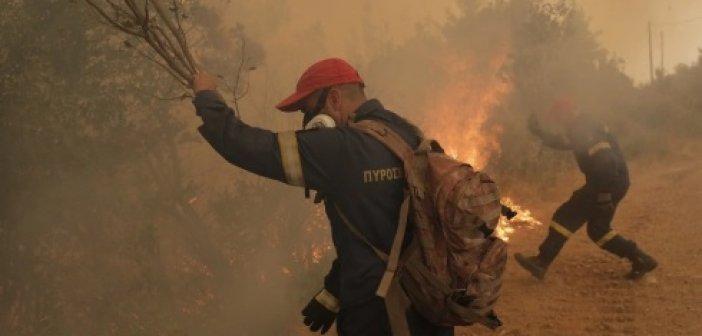 Φωτιά στη Γορτυνία: Εκκενώθηκαν 19 οικισμοί – Ενισχύονται συνεχώς οι πυροσβεστικές δυνάμεις