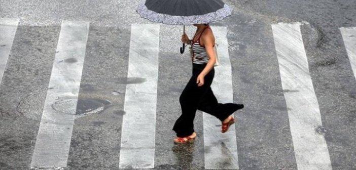 Καιρός: Πέφτει η θερμοκρασία – Που θα «χτυπήσουν» βροχές και καταιγίδες
