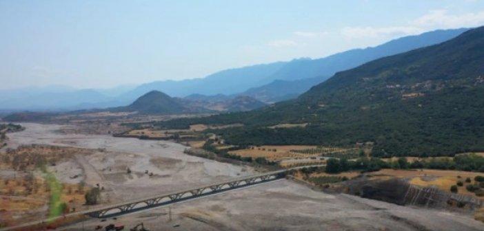 H οικολογική κατάρρευση είναι εδώ – Ο Πηνειός μετατράπηκε σε απέραντη έρημο