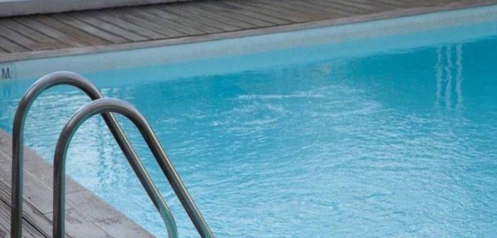 Πάτρα: Απόστρατος υποστράτηγος της ΕΛ.ΑΣ. κυκλοφορούσε οπλισμένος σε πισίνα ξενοδοχείου