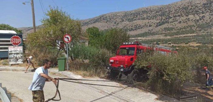 Στάνος Αμφιλοχίας: Χάρη στην έγκαιρη επέμβαση της Πυροσβεστικής δεν κάηκαν σπίτια (ΔΕΙΤΕ ΦΩΤΟ))