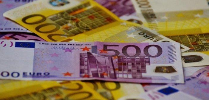 «Μέρισμα» 900 ευρώ για 200.000 ευάλωτα νοικοκυριά τα Χριστούγεννα