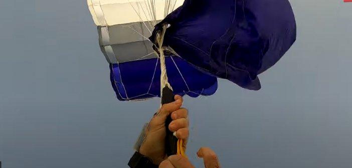 Δείτε την αγωνιώδη προσπάθεια αλεξιπτωτιστή να ξεμπερδέψει το αλεξίπτωτο κατά τη διάρκεια ελεύθερης πτώσης