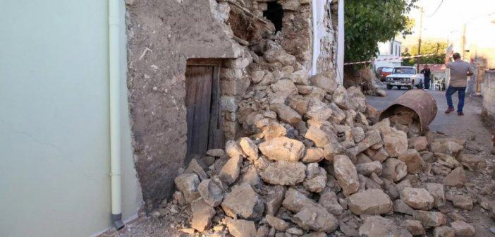 Αρκαλοχώρι: Νέα προβλήματα από τον σημερινό σεισμό των 5,3 Ρίχτερ – Κατέρρευσαν κτίρια που είχαν υποστεί ζημιές