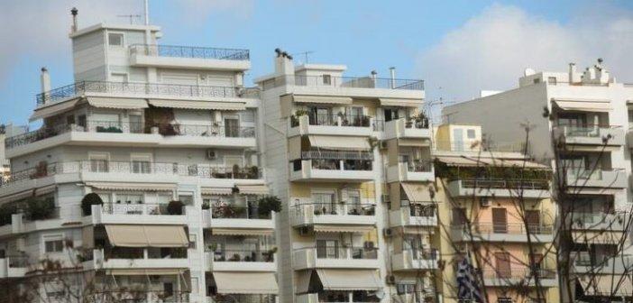 Αγρίνιο: Δεκατετράχρονος έπεσε από τον 4ο όροφο και έχασε τη ζωή του