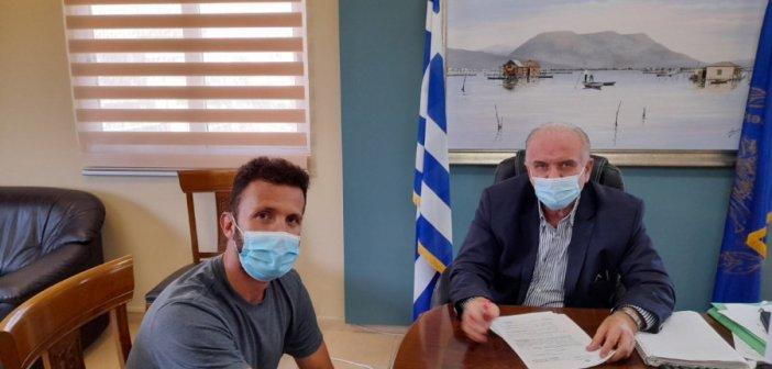 Μεσολόγγι: Υπογραφές για ράμπες και χώρους υγιεινής ΑμεΑ σε σχολεία του Δήμου
