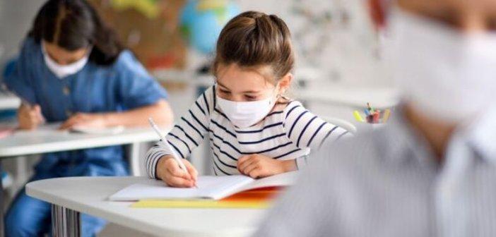 Πώς θα ανοίξουν τα σχολεία: Οδηγίες για εκπαιδευτικούς και γονείς, μέχρι πότε τα self test για τους μαθητές