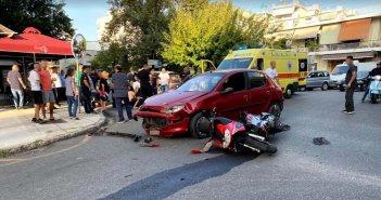 Αγρίνιο: Τραυματίστηκε δικυκλιστής έπειτα από σύγκρουση με αυτοκίνητο (εικόνες)