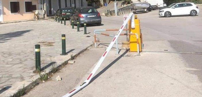 Νέα δολιοφθορά στην παραλιακή της Βόνιτσας – «Ένας δρόμος αναψυχής δεν πρέπει να δέχεται οχήματα» επιμένει (και ορθά) ο Δήμος