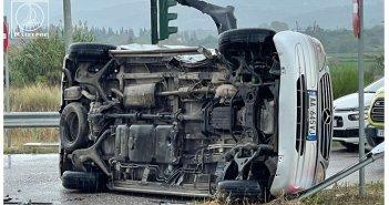 Σφοδρή σύγκρουση Ι.Χ. αυτοκινήτων στην Αμφιλοχία με τραυματισμούς (ΦΩΤΟ + VIDEO)