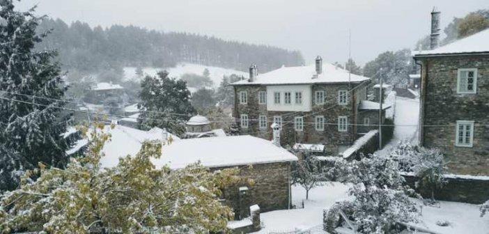 Κακοκαιρία «Μπάλλος» – Έπεσαν τα πρώτα χιόνια στη Φλώρινα