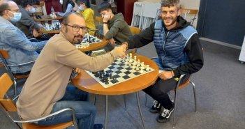 Ο Φώτης Ζησιμόπουλος στον σκακιστικό σύλλογο της Γυμναστικής Εταιρείας Αγρινίου