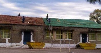 Αγρίνιο: Στέγη από την αρχή για το Δημοτικό Σχολείο Καλυβίων – Εξ αποστάσεως τα μαθήματα για μια εβδομάδα