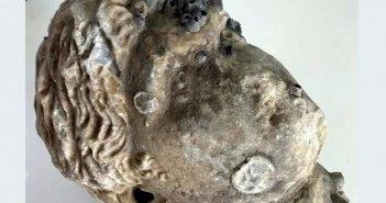 Άκτιο: Ο Δ.Καραμανίδης μιλάει για το αρχαίο μαρμάρινο κεφάλι αγάλματος που εντόπισε
