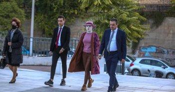 Επίθεση με βιτριόλι: Διακόπηκε η δίκη – Την Τετάρτη οι αγορεύσεις των συνηγόρων υπεράσπισης