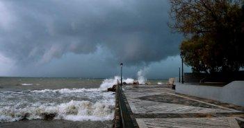 Καιρός – Meteo: Βροχές και καταιγίδες το Σάββατο – LIVE η πορεία της κακοκαιρίας