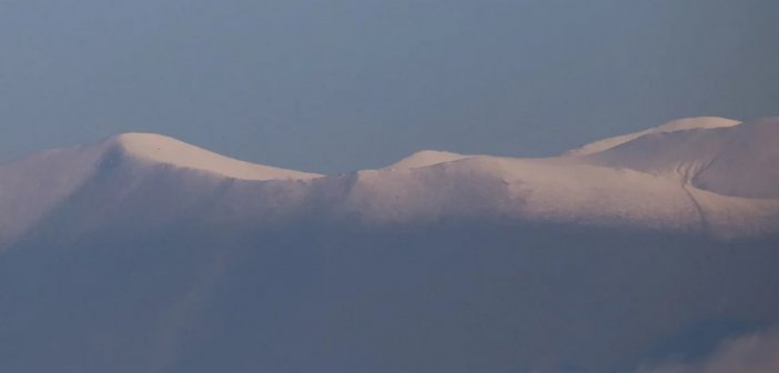 Χιονισμένος ο Όλυμπος -Το χιόνι έχει καλύψει τις κορυφές του βουνού (ΦΩΤΟ)