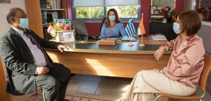 Με κάθε επισημότητα τα Εκπαιδευτήρια «Παναγία Προυσιώτισσα» υποδέχθηκαν την Α.Ε. Πρέσβη της Ινδίας στην Ελλάδα