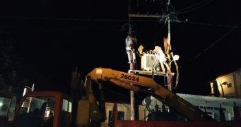 Θέρμο: Έκρηξη μετασχηματιστή σε κολώνα του ΔΕΔΔΗΕ (ΦΩΤΟ)
